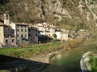 Lavori sul fiume Candigliano a Piobbico