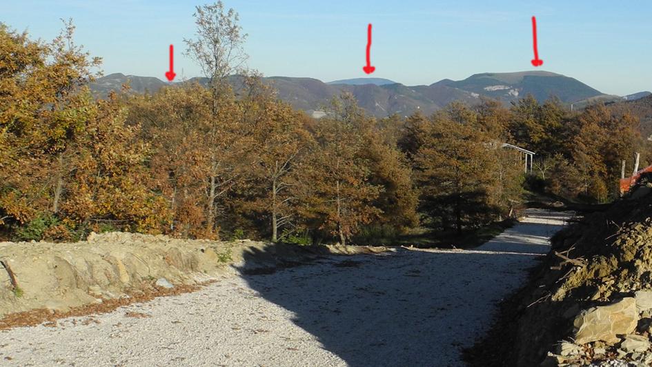 verso Urbino e Pietralata ( da dx Montiego, Piatralata e la posizione di Urbino