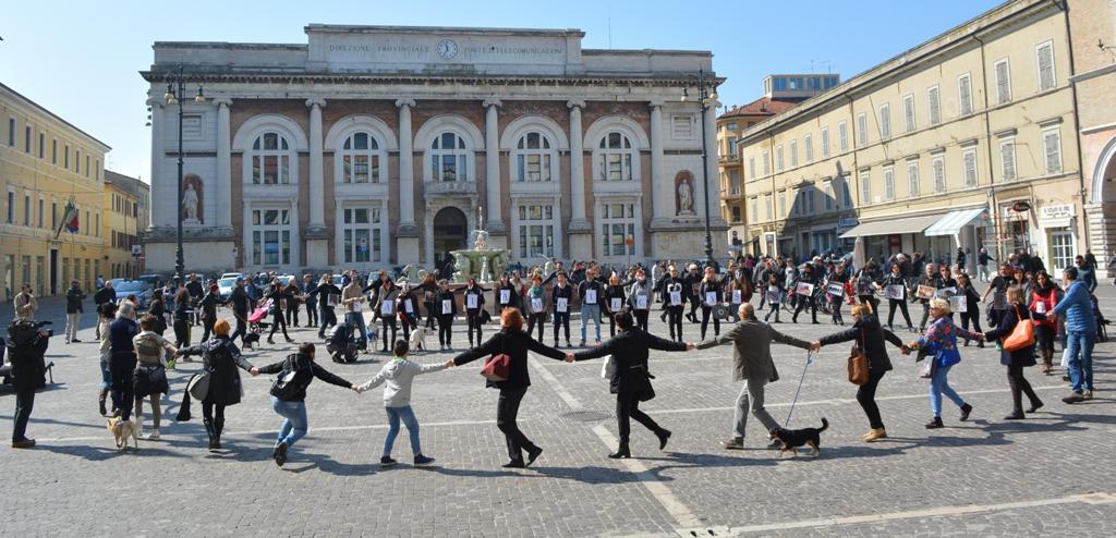 Successo per la Manifestazione-Presidio Contro la Chiusura del CRAS